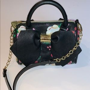 Betsey Johnson NEW Floral Crossbody Bag Purse